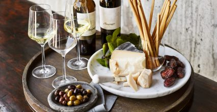 TIPS FOR HOSTING THE MOST MEMORABLE WINE TASTING PARTY